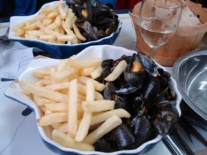 hotel-des-ajoncs-dor-mussels-frites-cancale