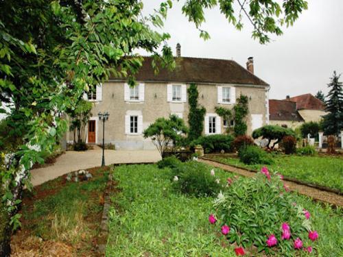 Le-Val-du-Chapelain-garden
