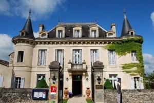 facade Hotel Edward 1er - Monpazier - Dordogne - France